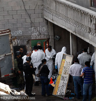 http://m3report.files.wordpress.com/2013/02/monterrey-nuevo-lec3b3n-assassins-killed-an-entire-family-including-an-copy.jpg